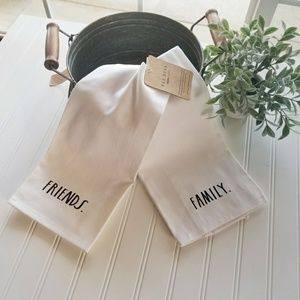 NWT Set of Two ~ Rae Dunn Towels ~ Friends /Family